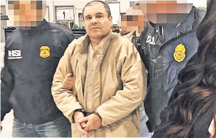 Loera Was Cuffed And Extradited From Mexico Above Bound For Newn York His Wife Emma Coronel Aispuro Right Professed Her Undying Lovve Him
