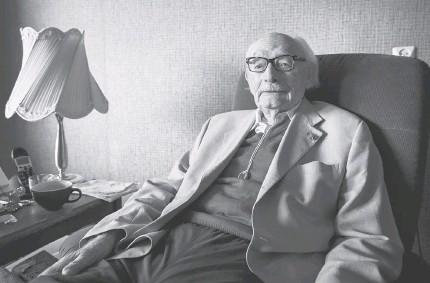 Johan van Hulst dies 2018 at age 107 Obituary
