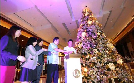 Christmas Lights In Pampanga.Pressreader Sun Star Pampanga 2018 12 02 Joyous