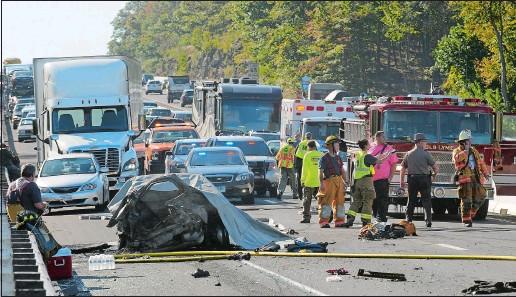 PressReader - The Day: 2017-10-19 - TWO KILLED IN CRASH ON I
