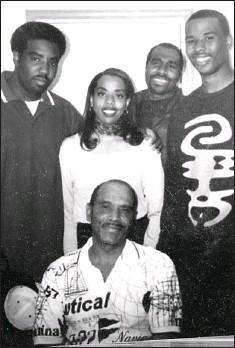 PressReader - Chicago Sun-Times: 2010-04-27 - Richardson's father ...