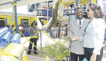 PressReader - Daily Observer (Jamaica): 2018-10-23 - Supporting