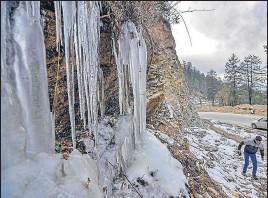 PressReader - Hindustan Times (Patiala): 2019-01-02 - Snow predicted