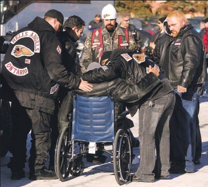 PressReader - Toronto Star: 2006-12-09 - Hundreds mourn